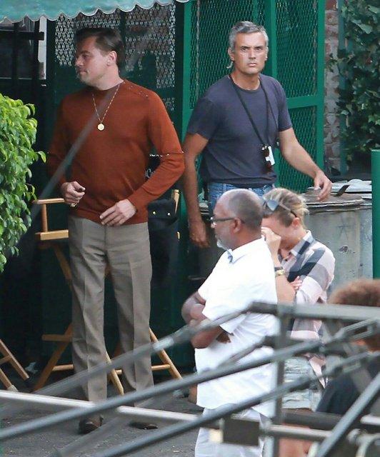 Однажды в Голливуде: Леонардо Ди Каприо и Брэд Питт на новых фото со съемок - фото 137385