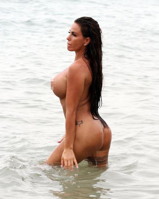 Звезда Playboy устроила публичную оргию прямо на пляже - фото 137952