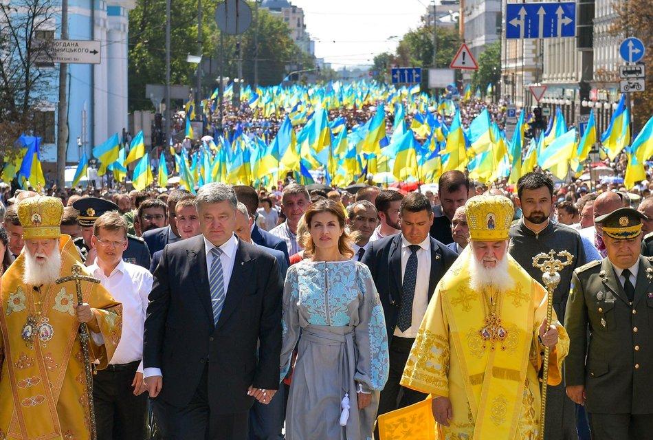 На крестном ходу 28 июля запретили снимать видео и пропускать журналистов - фото 138238
