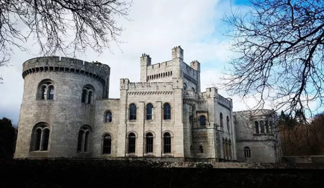 Замок из Игры престолов продают по стоимости квартиры в Киеве - фото 138953