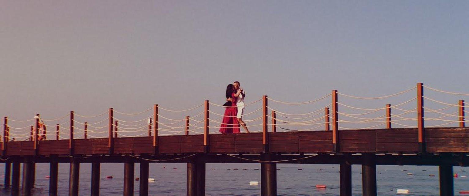 Напиши меня: Сергей Бабкин впервые записал дуэт с супругой - фото 139091