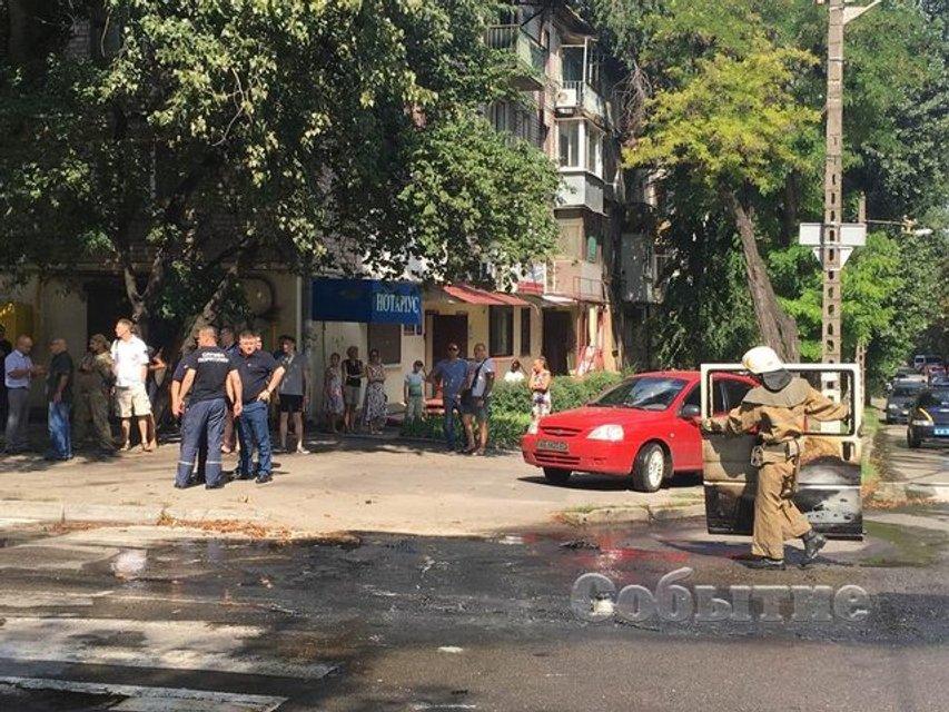 Взрыв авто депутата в Каменском: стали известны новые подробности случившегося (ФОТО 18+) - фото 139313