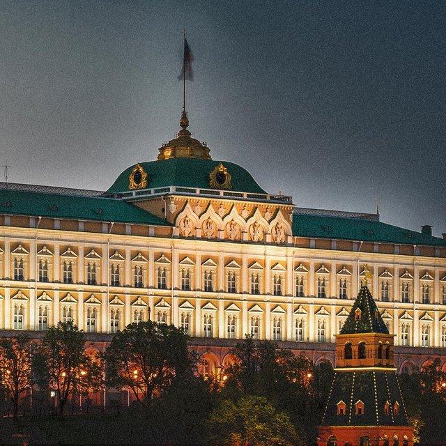Кровавый Кремль: в сети появился новый постер 'Карточного домика' - фото 139687