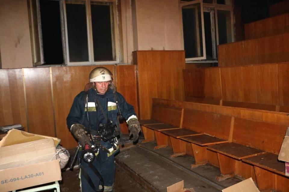 В Киевской больнице случился пожар (ФОТО) - фото 141185