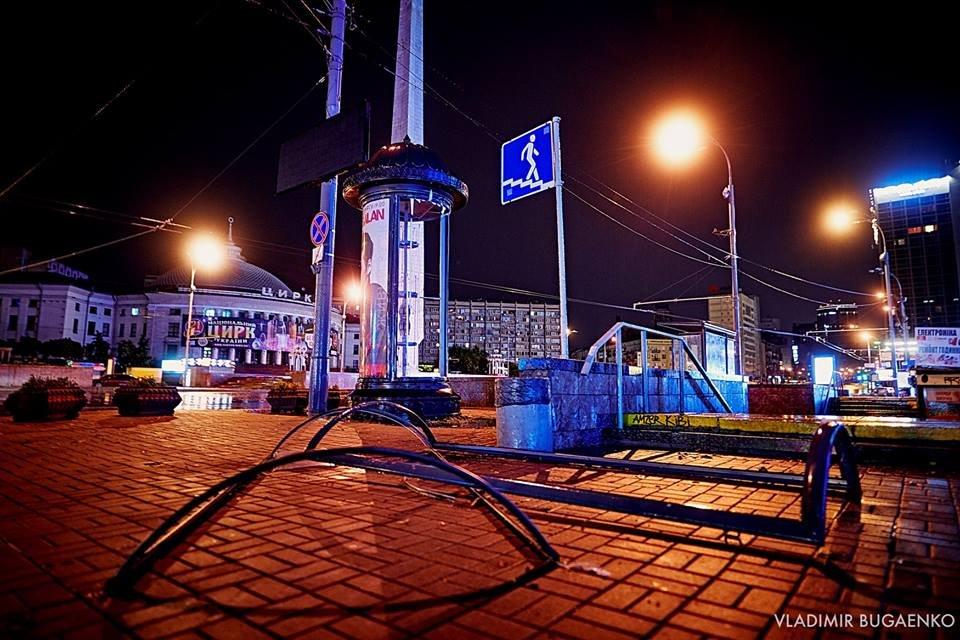 Киевский потоп как искусство: подборка эпичных фото ночной стихии (ФОТО) - фото 141637