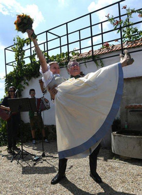 Свадьба в Австрии: Путин станцевал с невестой (фото, видео) - фото 142027