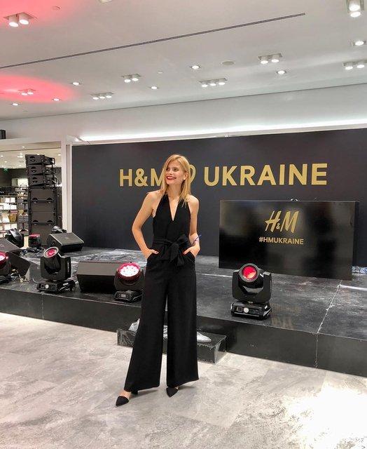 В Киеве по-украински открыли первый магазин H&M (фото, видео) - фото 142044