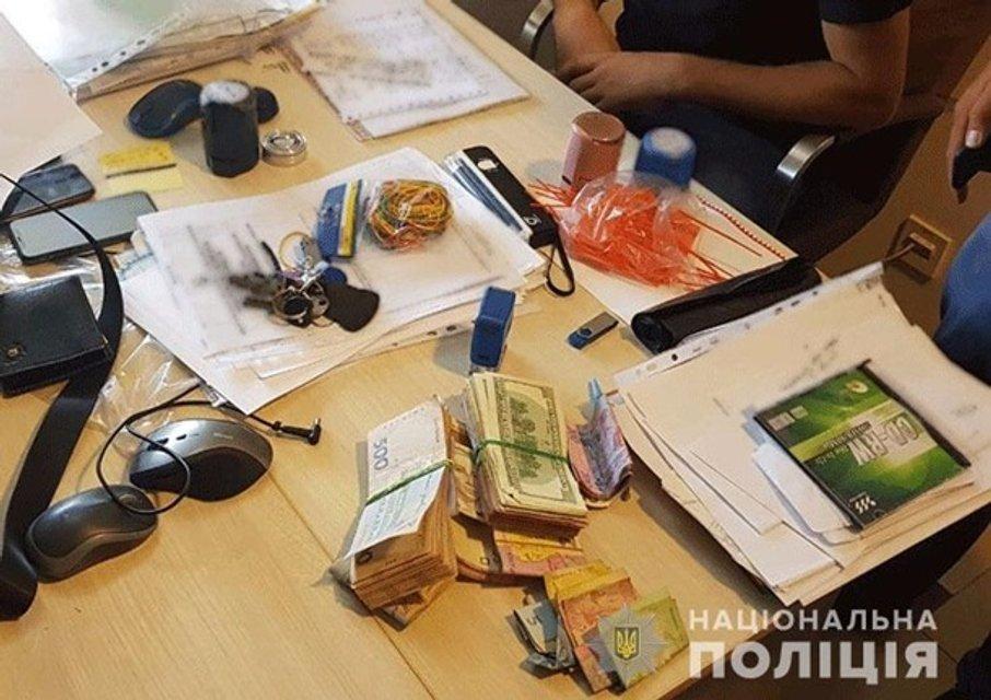 На Закарпатской таможне организовали прибыльный бизнес на нерастаможенных товарах - фото 142806