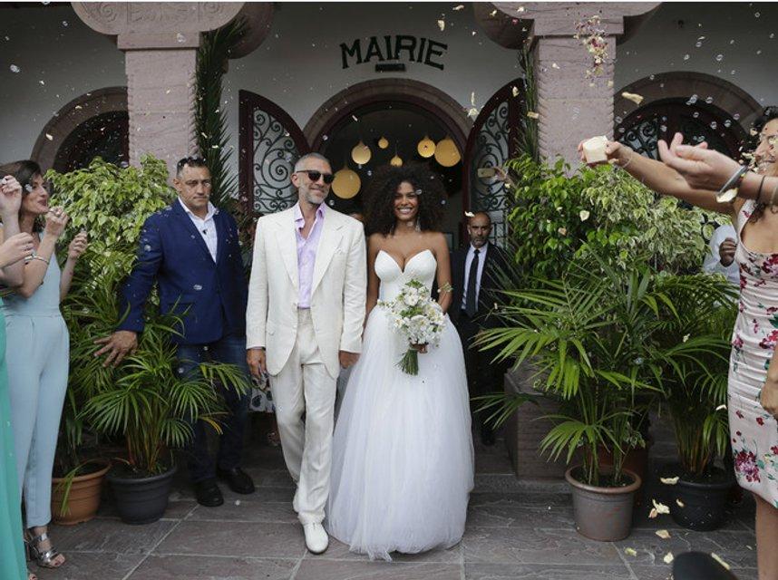 Венсан Кассель женился на Тине Кунаки (ФОТО) - фото 143063