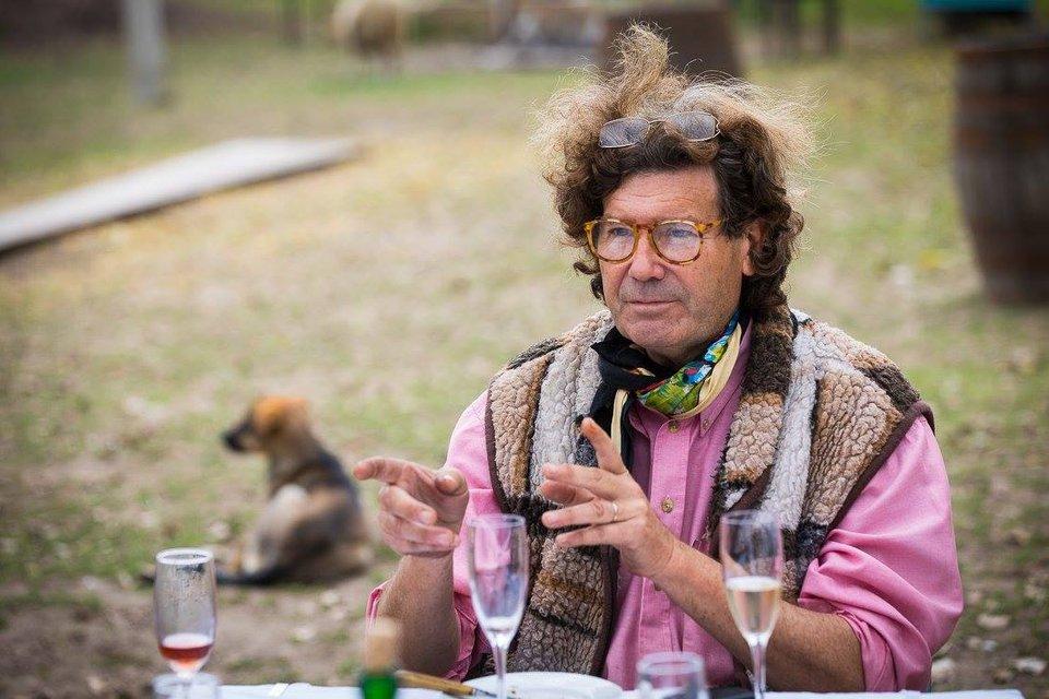Костры инвестиций: Кому мешают Кристоф Лакарен и его виноградники - фото 143133