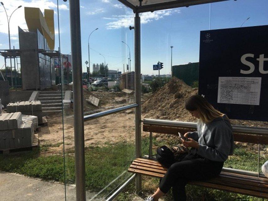 Киевские коммунальщики с нарушением технологий достраивают объект к финалу Лиги Чемпионов - фото 143200