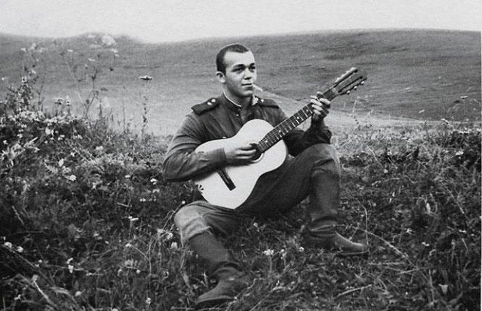 Советский певец и фанатик «русского мира»: Биография Иосифа Кобзона - фото 144256
