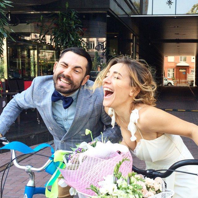 Экс-ведущий 'Орла и решки' поделился редким свадебным фото - фото 144458