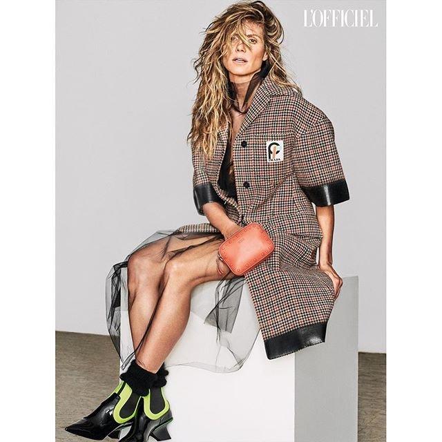 Хайди Клум снялась в стильных образах для украинского L'Officiel - фото 144784