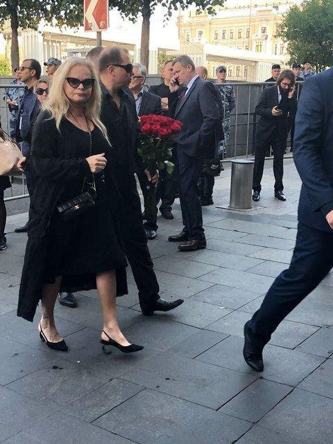Путин и Медведев приехали на похороны Кобзона (ФОТО) - фото 144877