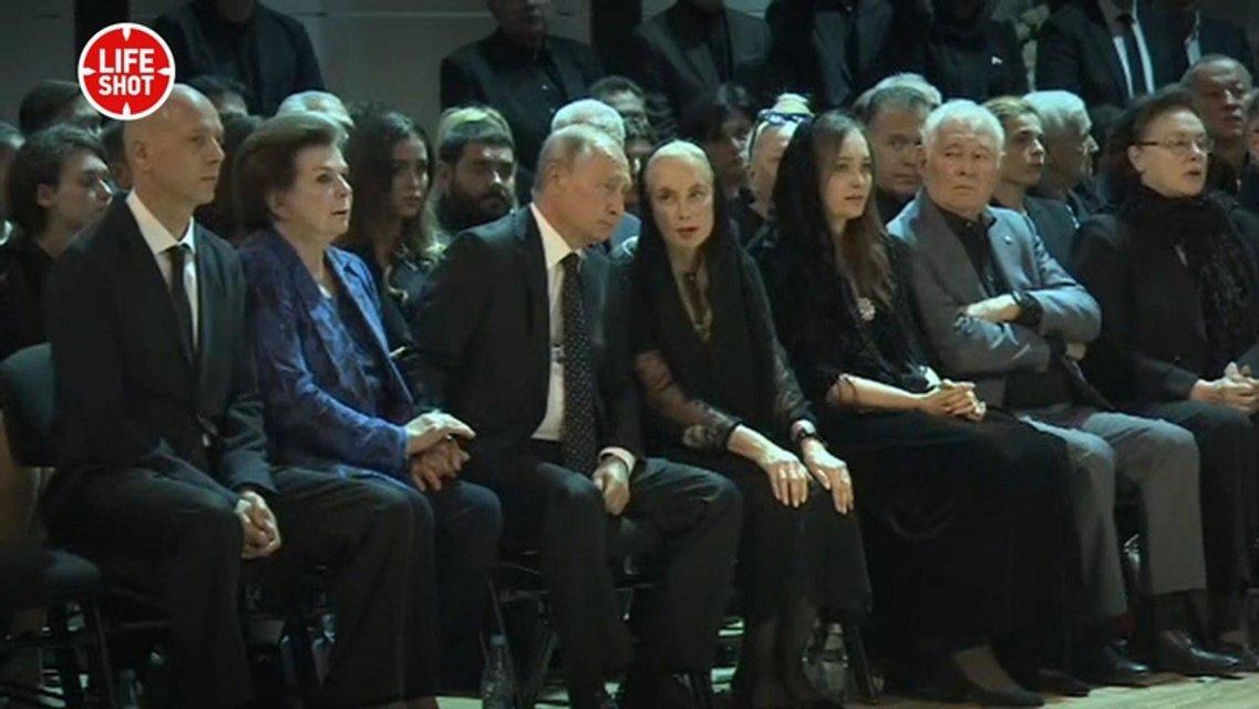 Путин и Медведев приехали на похороны Кобзона (ФОТО) - фото 144880