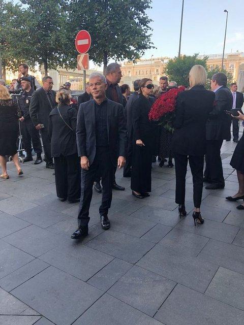 Путин и Медведев приехали на похороны Кобзона (ФОТО) - фото 144889