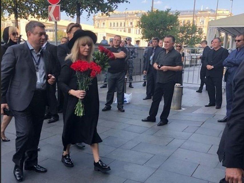 Путин и Медведев приехали на похороны Кобзона (ФОТО) - фото 144891