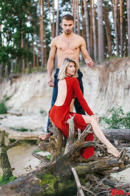 Танці з зірками: Анита Луценко снялась в страстной фотосессии со своим партнером - фото 145374