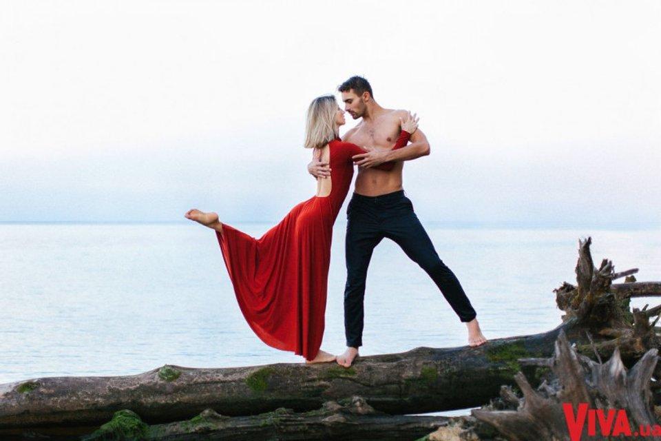 Танці з зірками: Анита Луценко снялась в страстной фотосессии со своим партнером - фото 145376