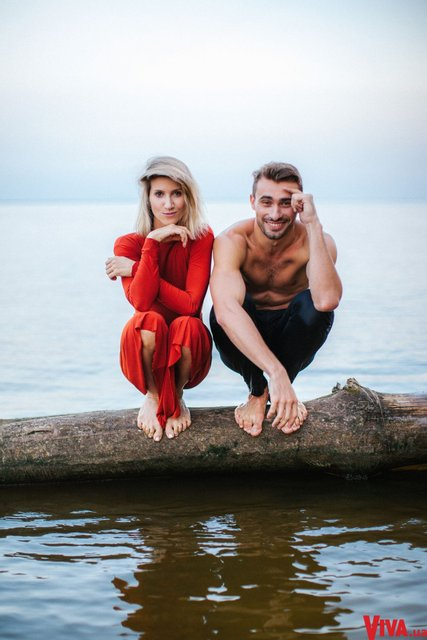 Танці з зірками: Анита Луценко снялась в страстной фотосессии со своим партнером - фото 145378