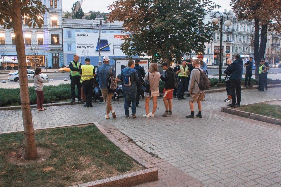 Подростки в Киеве устроили резню из-за нетрадиционной ориентации - фото 145720