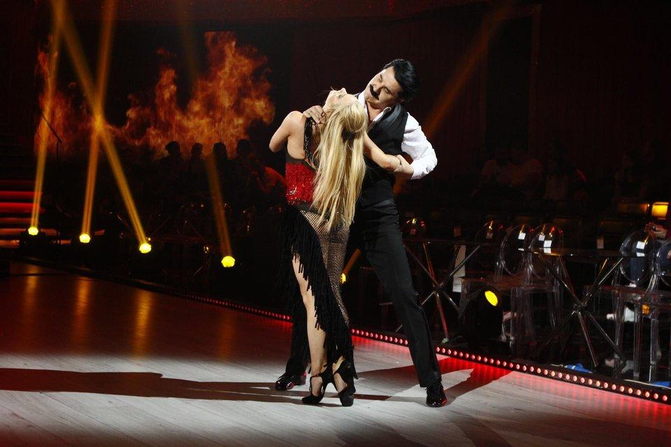 Танці з зірками 2018 3 выпуск: Павел Зибров и Мария Шмелева - фото 146407