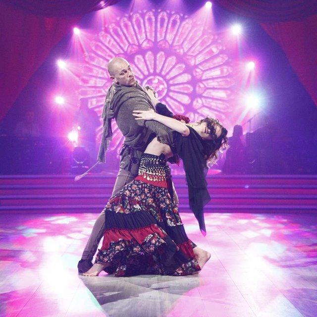 Танці з зірками 2018 3 выпуск: Павел Вишняков и Юлия Сахневич - фото 146418