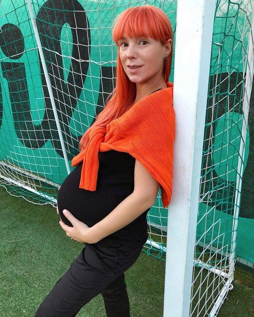 Светлана Тарабарова впервые стала мамой - фото 146447