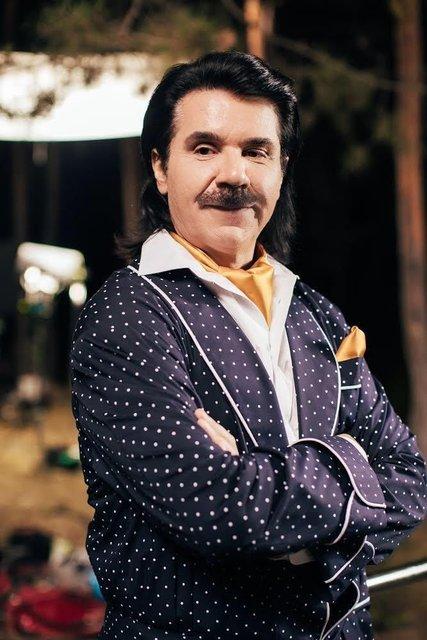Павло Зибров в новой украинской комедии сыграет суперзвезду - фото 146727