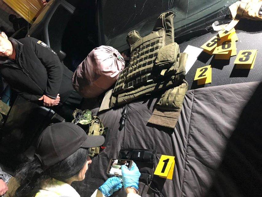 Спецназ задержал 50 рейдеров, захвативших элеватор в Харьковской области - фото 146937