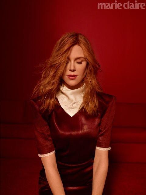 Николь Кидман в прозрачном платье восхитила новой фотосессией - фото 148006