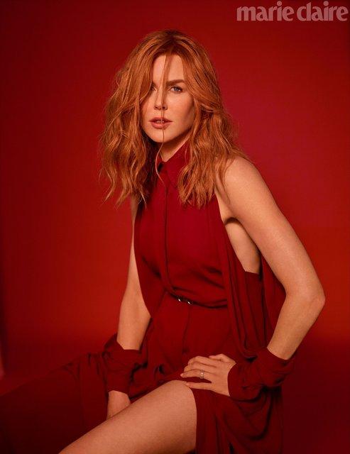 Николь Кидман в прозрачном платье восхитила новой фотосессией - фото 148009