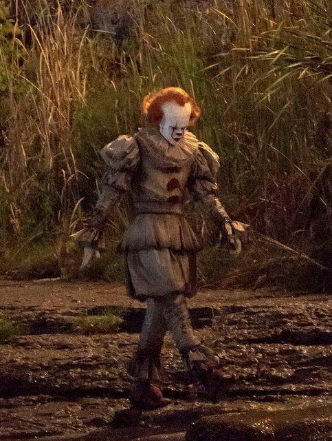 Оно 2: клоун Пеннивайз на новых кадрах со съемки - фото 148382