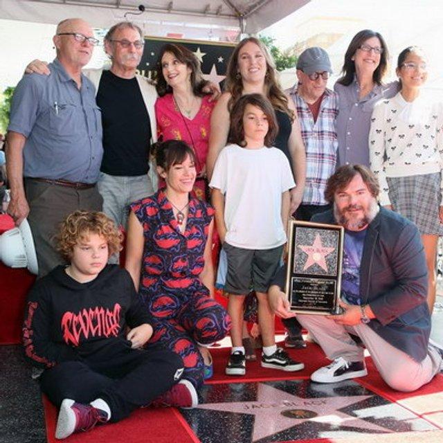Джек Блэк получил звезду на Аллее славы в Голливуде - фото 148663