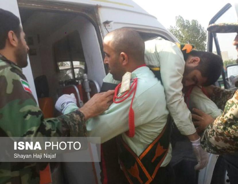 В Иране расстреляли участников военного парада (ФОТО, ВИДЕО) - фото 149218