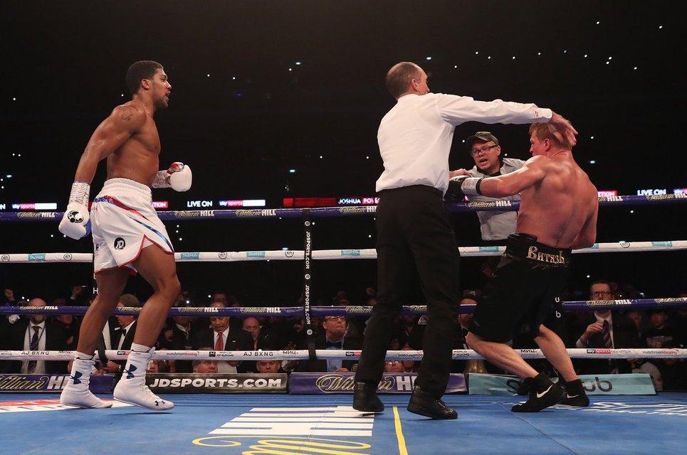 Главный русский боксер позорно разгромлен чемпионом мира ВИДЕО - фото 149277
