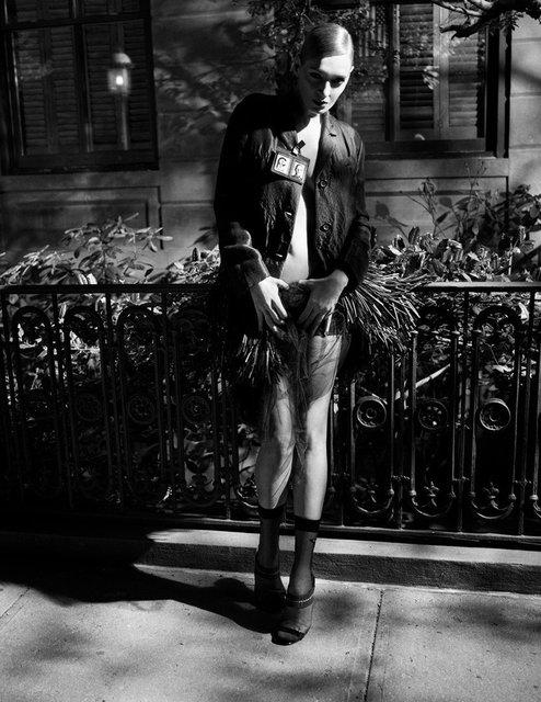 Ума Турман без белья снялась в смелой фотосессии - фото 149580