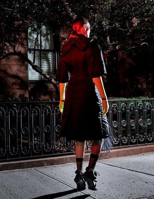 Ума Турман без белья снялась в смелой фотосессии - фото 149581