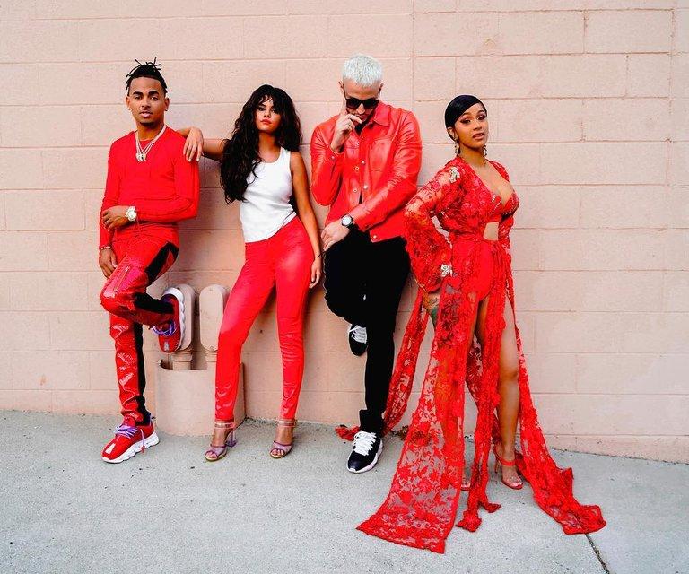 Селена Гомес, Карди Би, Ozuna и DJ Snake выпустили яркий хит - фото 150533