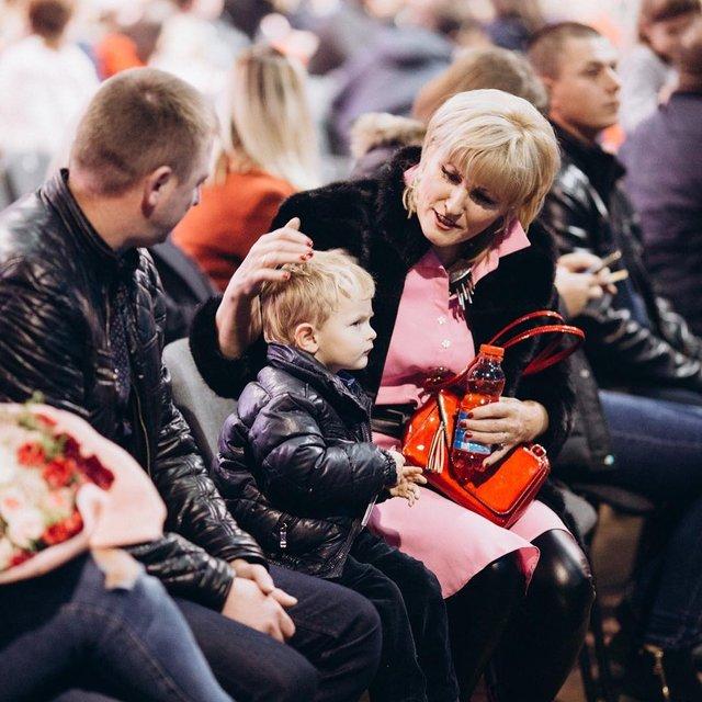 Мама, хватит петь: как сын Ирины Федишин реагирует на выступление певицы - фото 152137
