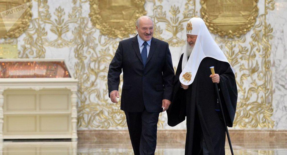 Слон и моська: Синод РПЦ в Минске как проявление бессильной злобы русских - фото 153394