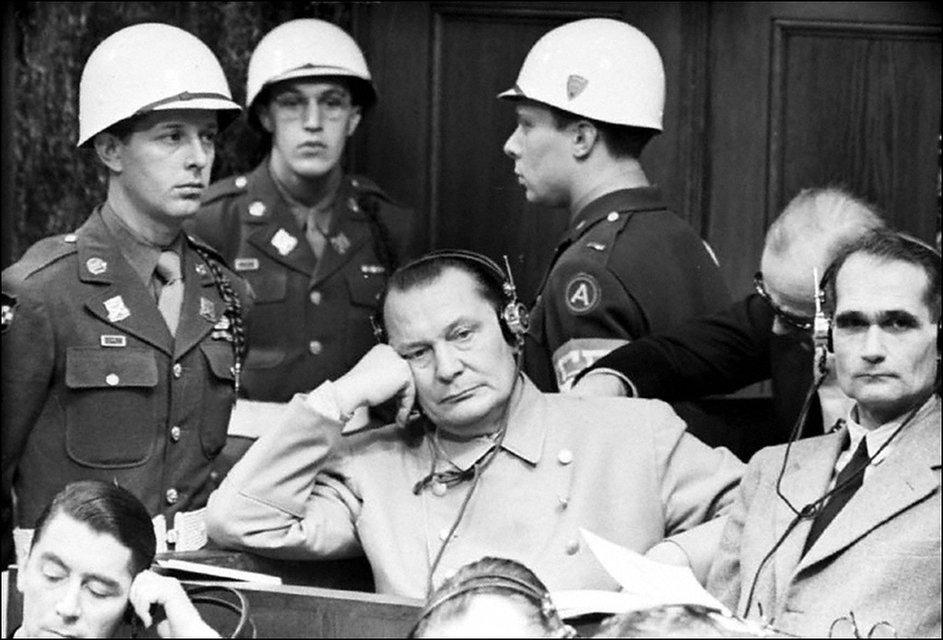 Всіх не перевішати: Чому в СРСР не говорили правду про Нюрнберзький процес - фото 153436