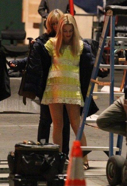 Однажды в Голливуде: Марго Робби в образе беременной Шэрон Тейт на новых фото - фото 153563