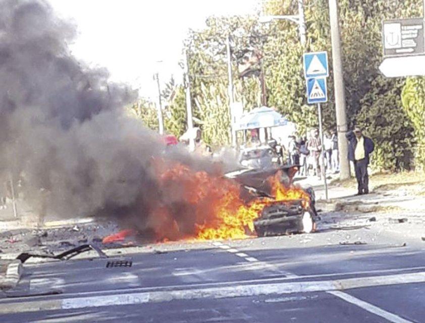 Автомобиль загорелся - фото 153587