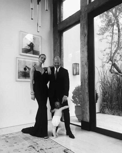 Рози Хантингтон-Уайтли и Джейсон Стэтхем отложили свадьбу - фото 153865