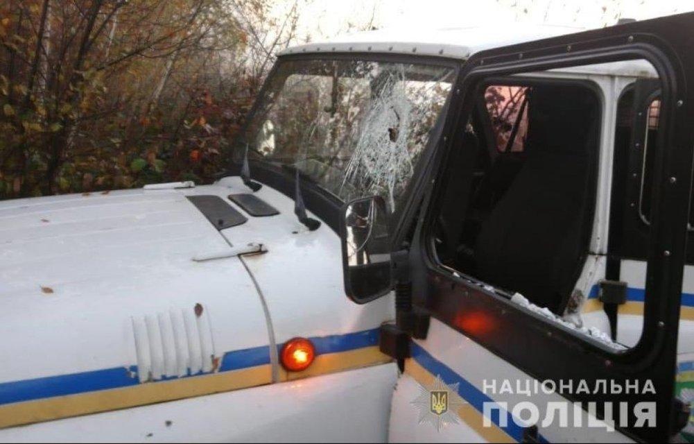 В Ровенской области 200 янтарокопателей напали на полицейских (ФОТО) - фото 153892