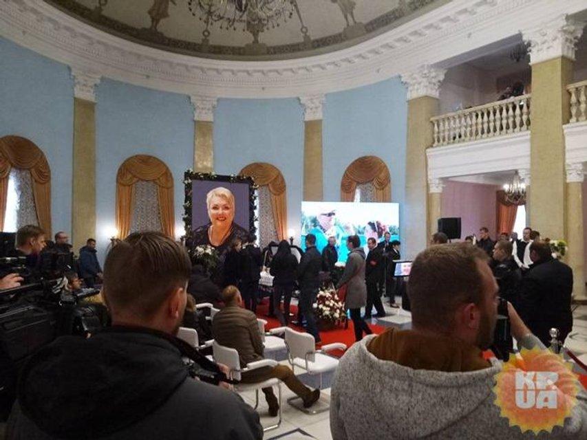 Как в Киеве простились с Мариной Поплавской (ФОТО) - фото 154314