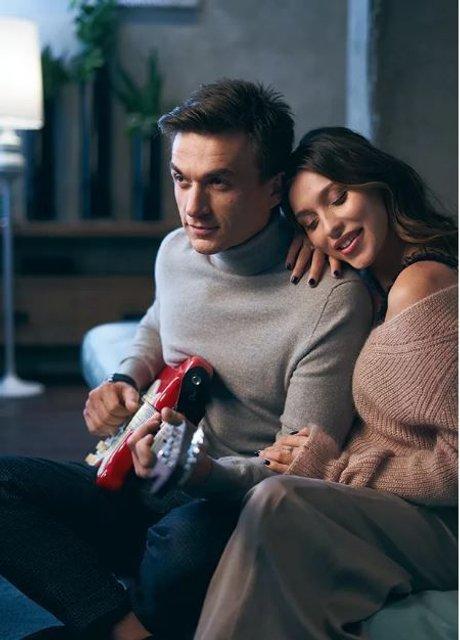 Беременная Регина Тодоренко снялась в фотосессии вместе с женихом - фото 154544