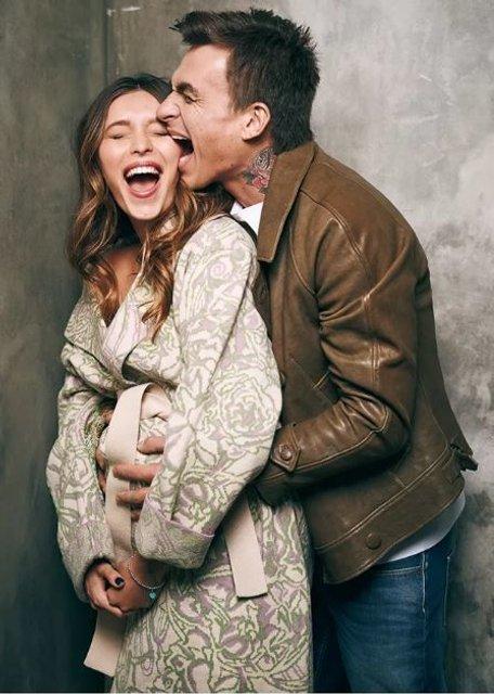 Беременная Регина Тодоренко снялась в фотосессии вместе с женихом - фото 154547